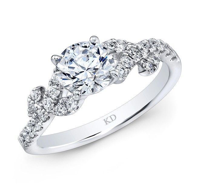WHITE GOLD VINTAGE DIAMOND ENGAGEMENT RING