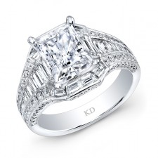 WHITE GOLD CLASSIC DIAMOND ENGAGEMENT RING